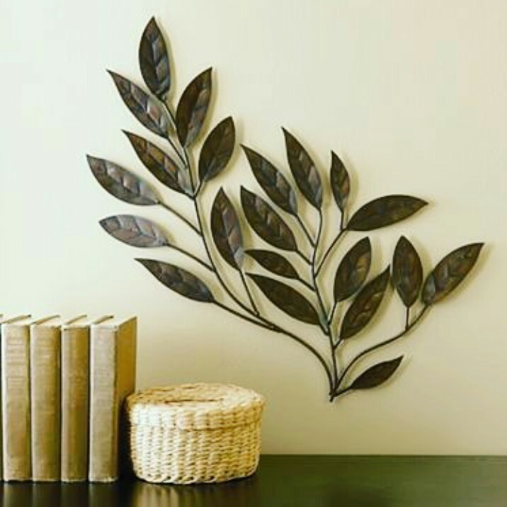 wall decor kuningan motif daun