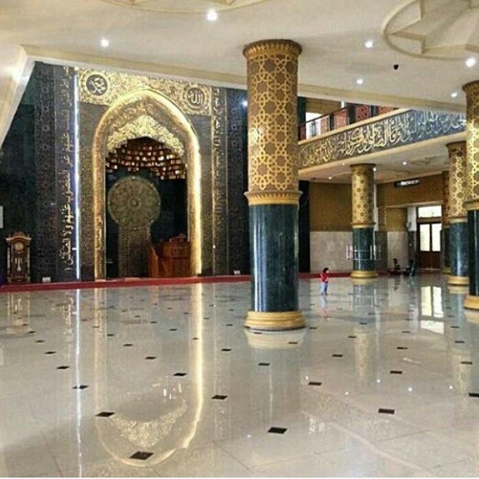 Ornamen Masjid Kuningan