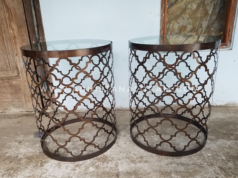 Meja Kuningan Laser Cut Dark Brown