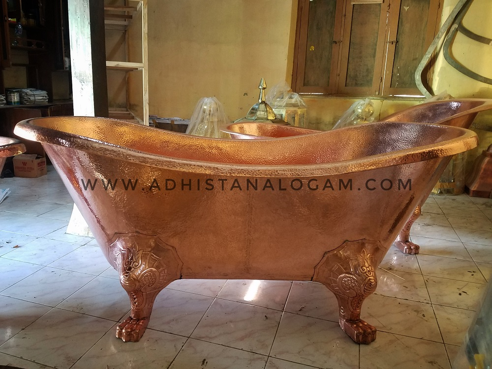 Bathtub Tembaga