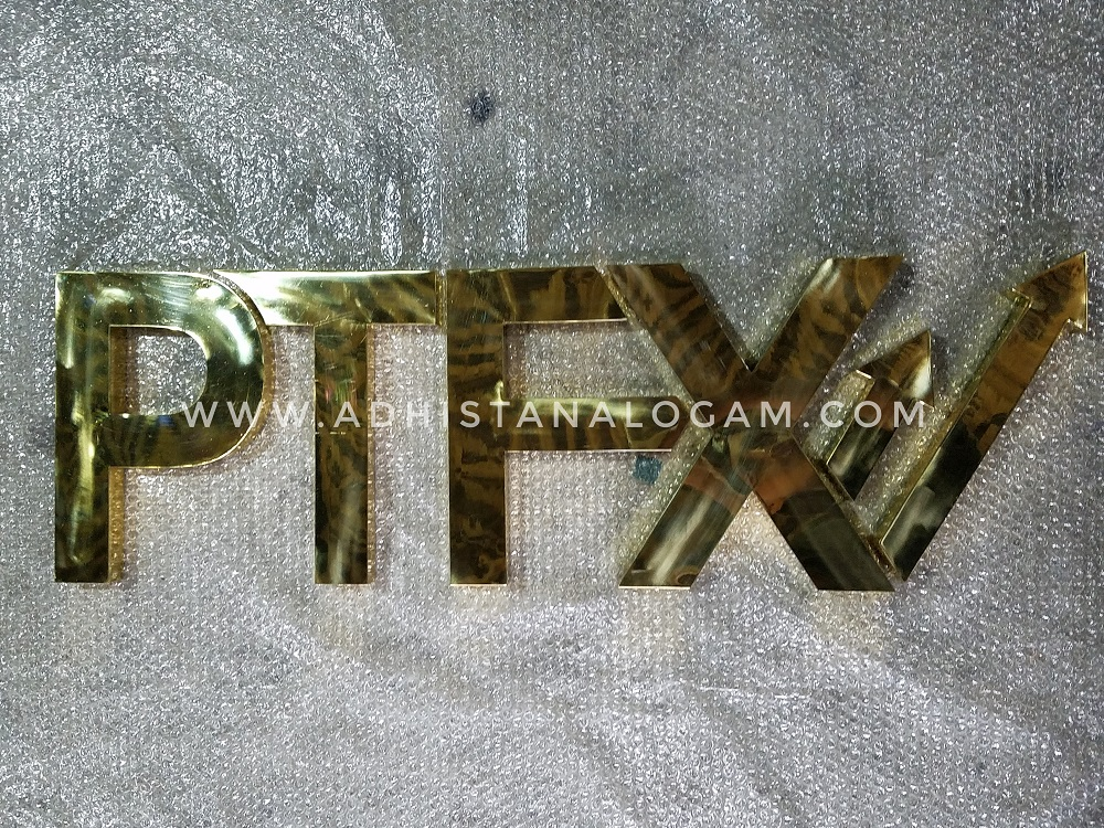 Papan Nama / Letter / Logo Kuningan