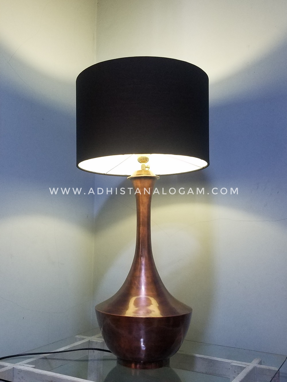 Lampu Meja Tembaga Antique
