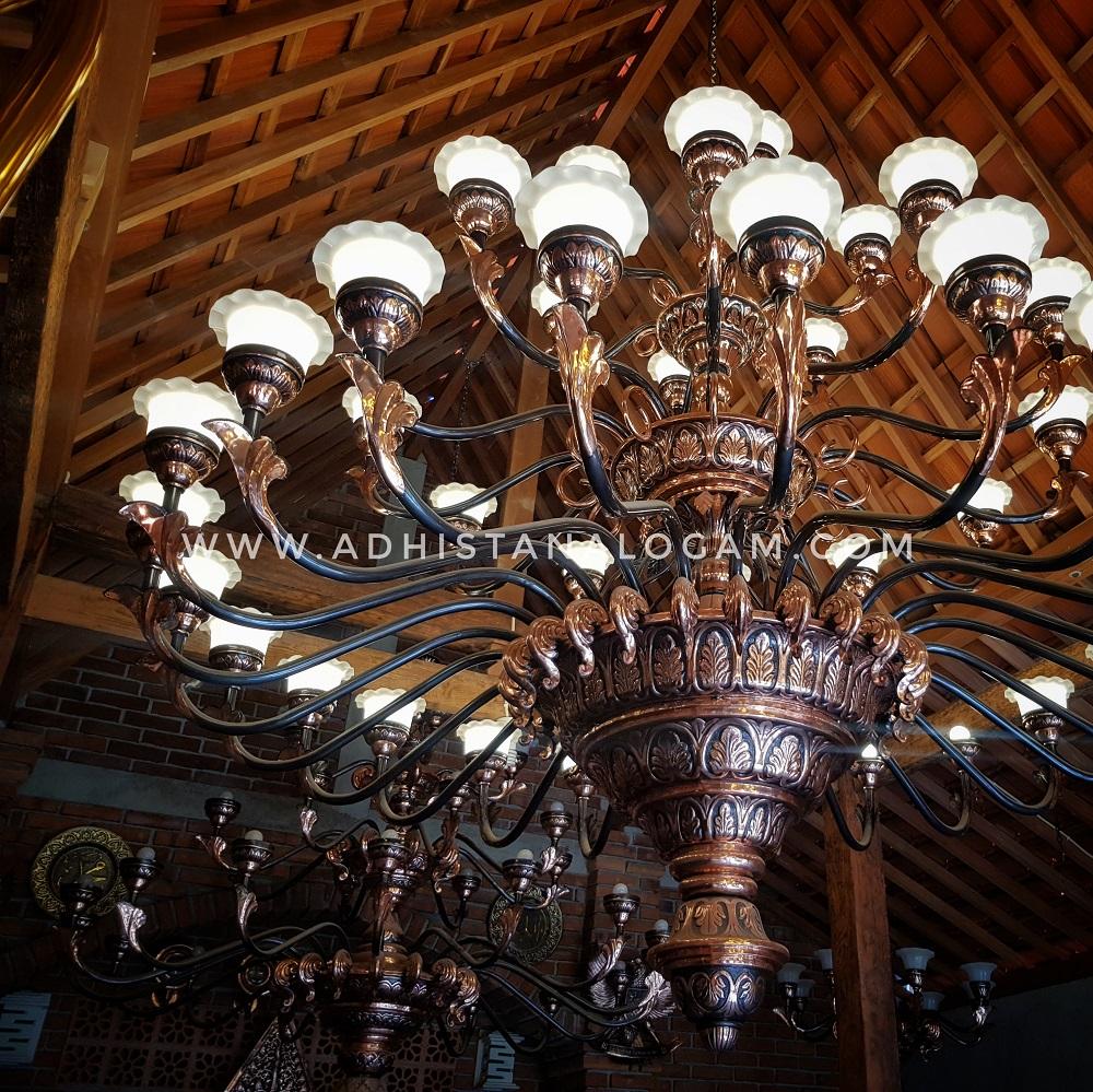 Lampu Robyong Tembaga Antik