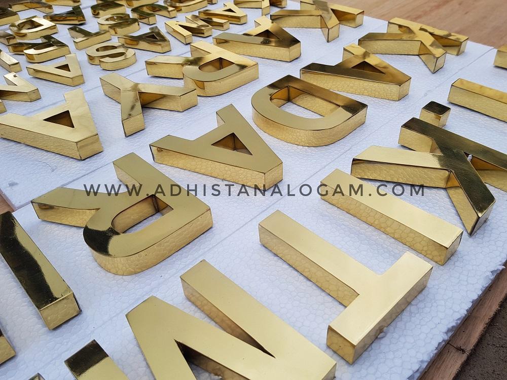 Huruf Timbul Kuningan Glossy Gold
