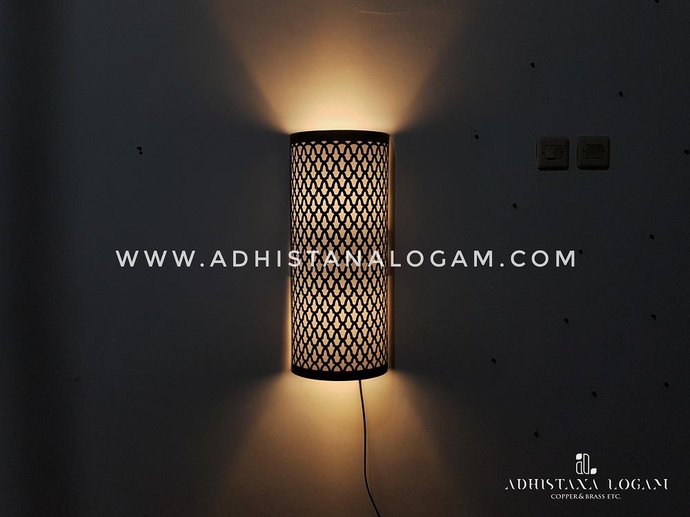 Lampu Dinding Kuningan Motif Pattern