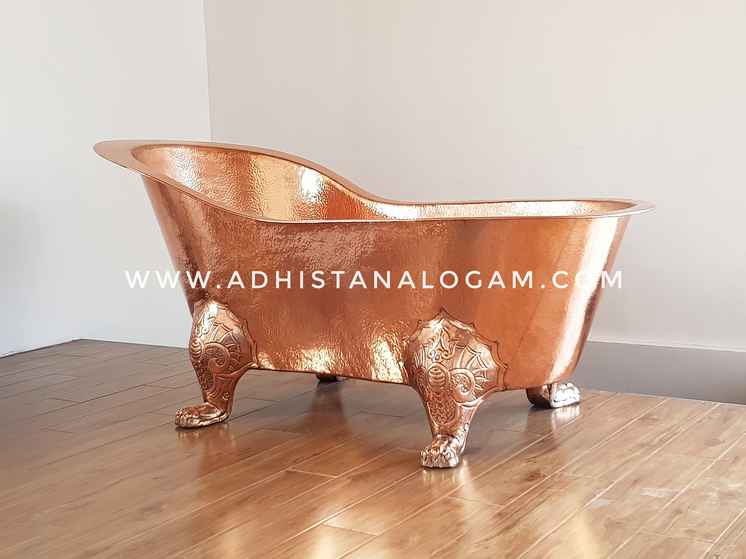 Luxury Copper Bathtub / Bakmandi Tembaga Mewah